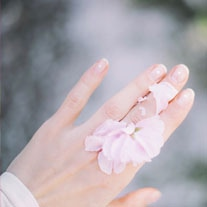 wedding-manicurist